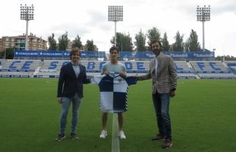 Josu Ozkoidi y Adri Cuevas, dos renovaciones que marcan el futuro del Sabadell